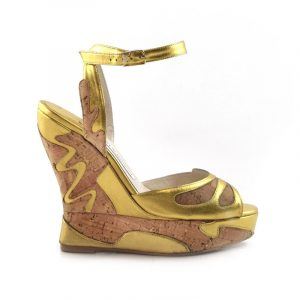 Margaux Wedge Gold Swirl